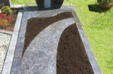 Einzelgrab mit Abdeckplatte
